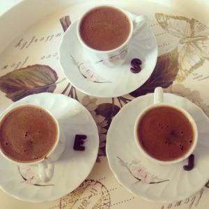 kiedy wynaleziono kawę