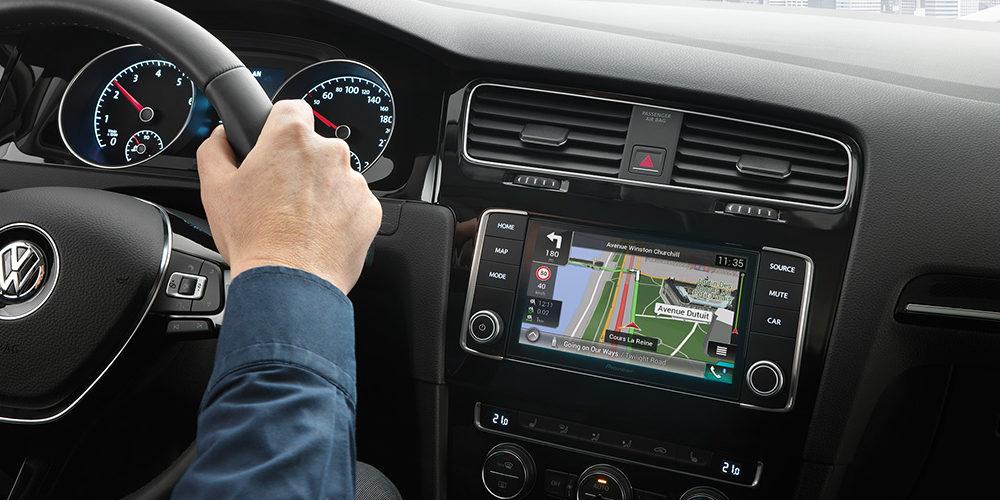 Dodatki do samochodów – radioodtwarzacze CD